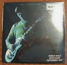 "OASIS ""LIAM MISSES THE POINT"" DOUBLE  VINYL LP LIVE DUBLIN DECEMBER 1997"