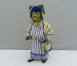 ANTIQUE FRENCH FAIENCE POTTERY FIGURE FROG/TOAD IN A DRESS WIND IN THE WILLOWS?