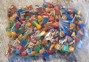 ÜEi Überraschungsei Spielzeug Steckfiguren Konvolut im Wikinger-Lager 1991
