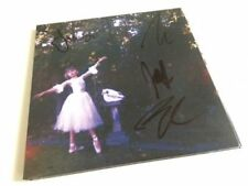 Wolf Alice - Visions of a Life - *SIGNED* CD Album (Released 29th Sept 2017) New
