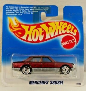 Hot Wheels Mercedes 380SEL Maroon UH 1995  International Short Card