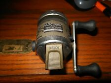 Vintage Zebco Ul3 Classic Feather Touch Spin Casting Reel