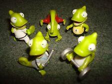 5 dino small plastic toy figurines