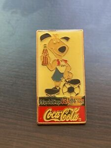 FIFA World Cup USA 94 Coca Cola USA Striker Pin