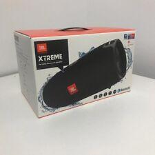 JBL Xtreme Spritzwasserfester Tragbarer Bluetooth Lautsprecher schwarz Freisprec
