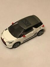 CITROEN  - DS3 RACING  BLANC / GRIS    COLLECTION 3 INCHES  -  SERIE: 2013 1/64