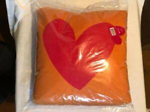 agatha ruiz de la prada 45 x 45cms Corazon Cushions