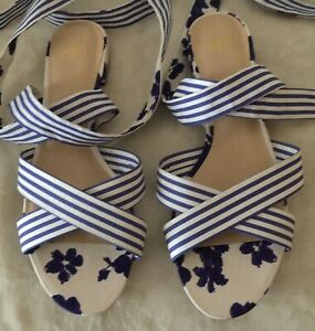 CABI # 6013 Watercolor Bow Tie Sandals- Blue/White Size 10 M Nwob