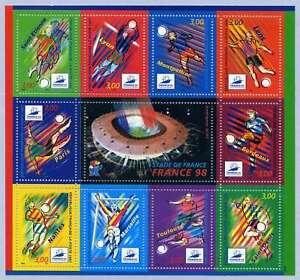 10 TIMBRES NEUFS - COUPE DU MONDE 1998 - BF19