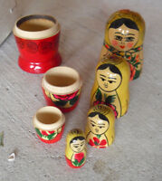 """Vintage 1960s USSR Made Russian Nesting Doll Girl with Flowers Doll 3 1/2"""" Tall"""