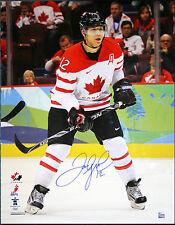 JAROME IGINLA SIGNED Team Canada 16X20 Photo