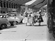Photo. 1954-5. Salina, Kansas. Santa Fe Avenue - Autos, Women