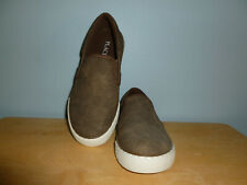 Boys Children's Place Brown Slip-On Shoes Size 2