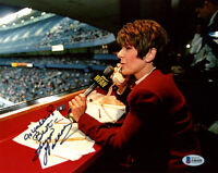 SUZYN WALDMAN SIGNED 8x10 PHOTO CELEBRATED YANKEES WFAN ANNOUNCER BECKETT BAS