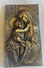 Ancienne plaque en bronze de la Vierge à l'enfant