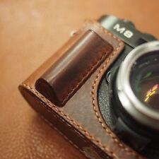 [Arte di mano] Aventino grip half-case for Leica M8, M9, M9P, M-E, M-monochrome