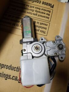 95-98 Nissan 240SX Sunroof Motor - Power Sun Roof Assembly - S14 OEM - 31102