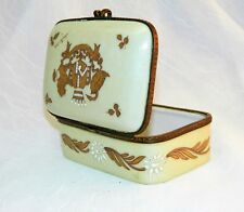 """~ Antique FRENCH PORCELAIN BOX Hinged HAND PAINTED Coat of Arms SIGNED  4"""" ~"""