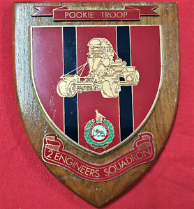 VINTAGE RHODESIAN ARMY CORPS OF ENGINEERS 2ND SQUADRON WOODEN WALL PLAQUE