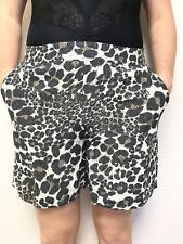 SABA animal print shorts sz 14 has pockets flat front with a side zip