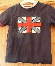 Boys England t-shirt age 8