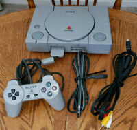 Playstation 1 PS1 Playstation One Set Model SCPH-7501, Clean and Tested