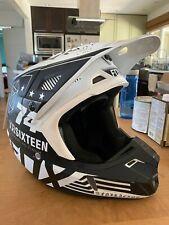 Fox racing V2 union helmet (Medium)