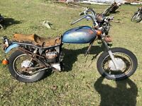 1981 Vintange Honda Cm400e Parts Bike/rolling Chassis As Is