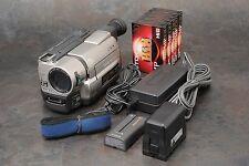 ":Sony CCD-TRV85 Hi8 ""XRAY Vision"" Handycam Camcorder w/ Extras"