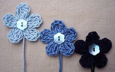 x6 Crochet Flowers appliques BLUEs Mother Pearl button Embellishments Toppers