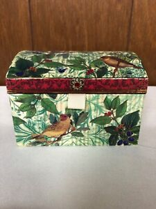 Soap Gift Box Birds Berries Musical Keepsake Box