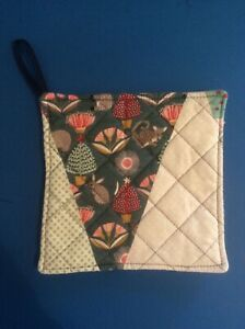 Quilted Pot Holder - Aussie Christmas #6