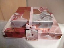 **Ted Baker The Porcelain Rose Garden Large Toiletries Collection Gift Set **