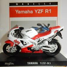 Maisto Metal 1/18 Motocicleta Yamaha YZF R1 + Soporte