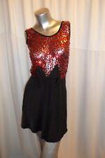 Unique rosso/nero con paillettes e fiocco Club/party mini dress size 8-10