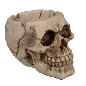 Aschenbecher Totenkopf  8x11,5x8 cm aus Polyresin Skull Zigaretten Ascher Deko