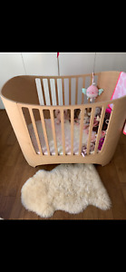 Leander baby cot limewash wooden converts toddler bed