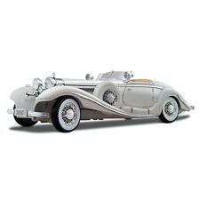 Mercdes-benz 500 K Typ Specialreadster 1936 blanco Maisto 1 18