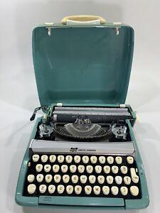 Vintage Smith Corona Corsair Deluxe Aqua Blue Portable Typewriter + Case England