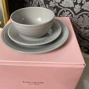 Kate Spade New York Willow Drive Grey 12 Piece Set New Beautiful Plates & Bowls