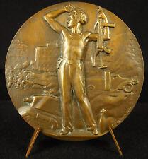 Médaille FFI 1944 L Bazor libération de Paris & Sten pistolet-mitrailleur medal