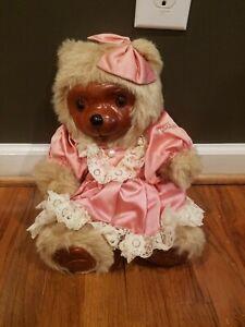 Vintage Robert Raikes MohairTeddy Bear Penelope. Limited Ed. J2723/15000