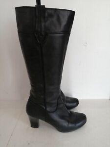Tamaris Black boots UK 6 EU 39  calf heels