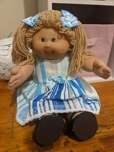 Cabbage Patch Doll 1985 Blonde Dimples One Tooth Green Eyes Fully Dressed