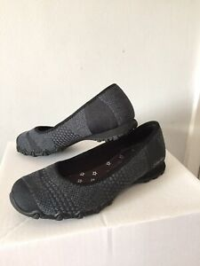 Skechers Womens Relaxed Fit Air Cooled Memory Foam Black Grey Shoes Size 4 New