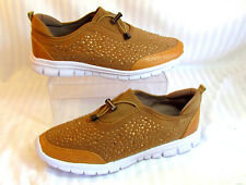 NEW WOMEN'S 11 EXTREME BY EDDIE MARC JEWELED SNEAKERS TAN & WHITE VRY LT WEIGHT