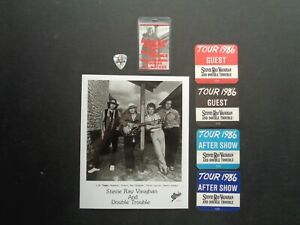 STEVIE RAY VAUGHAN,B/W Promo Photo,5 Original OTTO Backstage Passes,Guitar pick