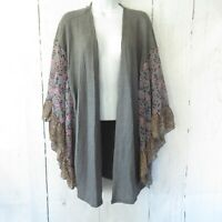 New Umgee Kimono Cardigan S M Gray Waffle Knit Floral Ruffle Bell Sleeve Open