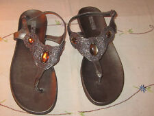 Ladies Kenneth Cole Silver Flip-Flops with Embellished Stones (8.5M)