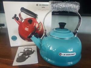 Le Creuset Enamel On Steel Whistling Tea Kettle, 1.7 qt., Caribbean > NEW <